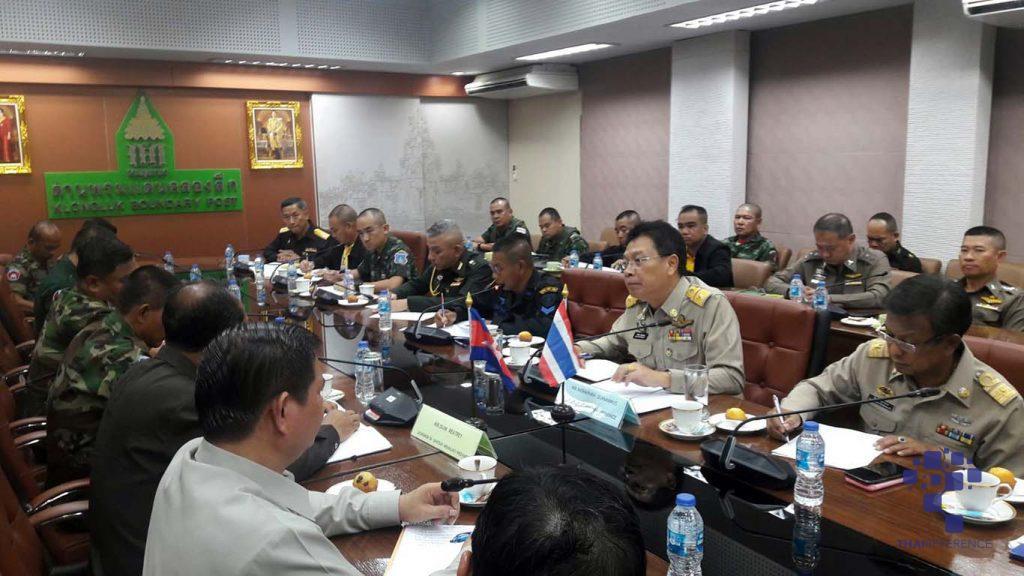 """อาสาไทยยืนยัน Thai Reference สระแก้ว เต็มอัตราเขมรตรึงแนวชายแดนสกัดกลุ่มกบฏ """"สม รังสี"""" ขึงลวดหนามกั้นสะพานข้ามทางรถไฟ ไทย-กัมพูชา ส่งสัญญาณปิดด่านทันที"""